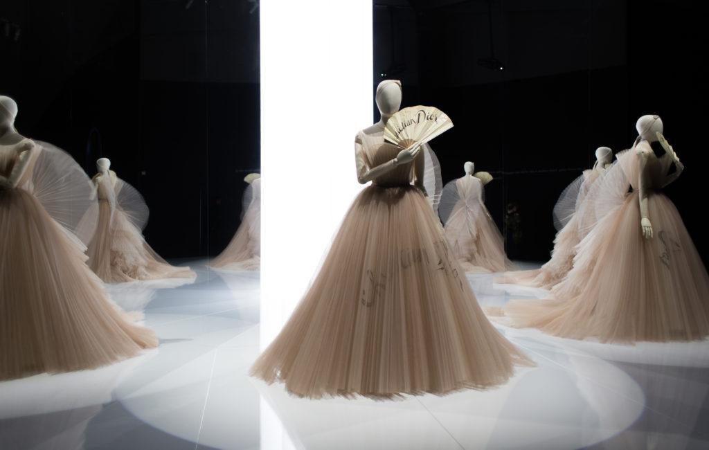 Suknia balowa haute couture z jednej z najnowszych kolekcji Marii Grazii Chiuri. Fot. Magdalena Anna Szmidt | www.magdalenaszmidt.com